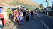 Multiple quakes rock Indonesia's Lombok island, 10 dead