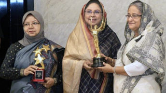 PM receives two UNICEF awards for campaign against early marriage