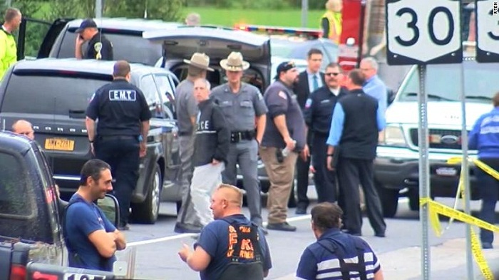Limo crash kills 20 people in New York
