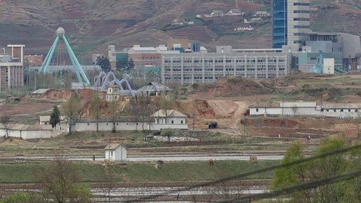 South Korea considers lifting sanctions on North