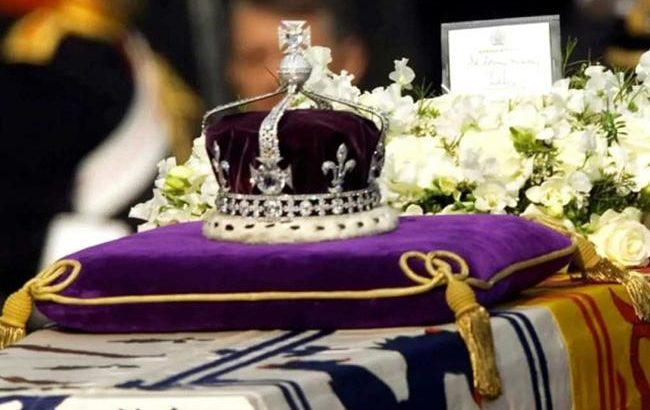 Kohinoor was surrendered, not forcibly taken by British