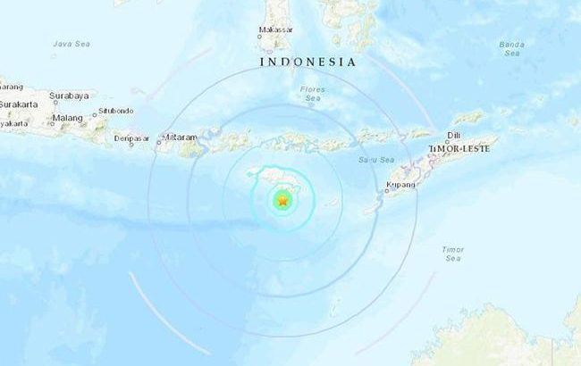 Twin quakes send residents fleeing on Indonesia's Sumba