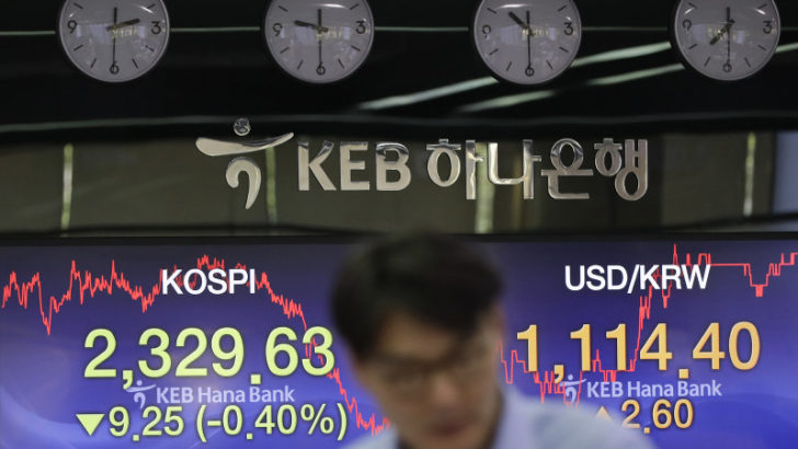 Asian markets fall on US-China trade worries