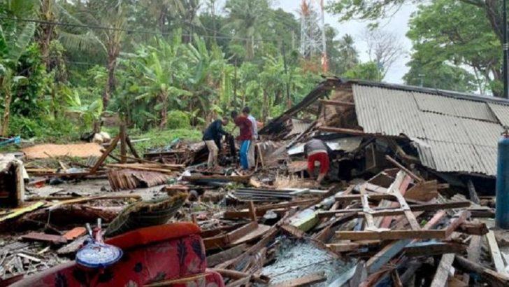Indonesia tsunami hits Sunda Strait after Krakatoa eruption, kills 168